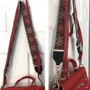 @alisoncwiley Guitar Purse Strap